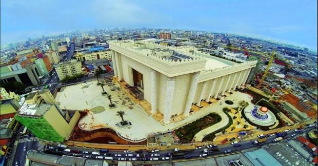 Sete considerações sobre grandes templos