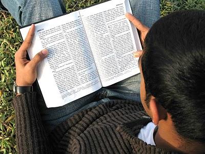Você tem influenciado seu filho a ler a Bíblia?